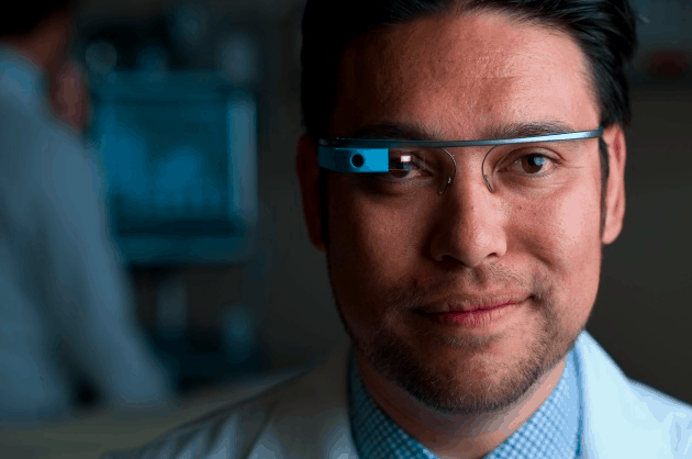 Google Glass arrives at four-year UC Irvine medical program