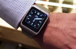 We love metal: Sony SmartWatch 3 Steel
