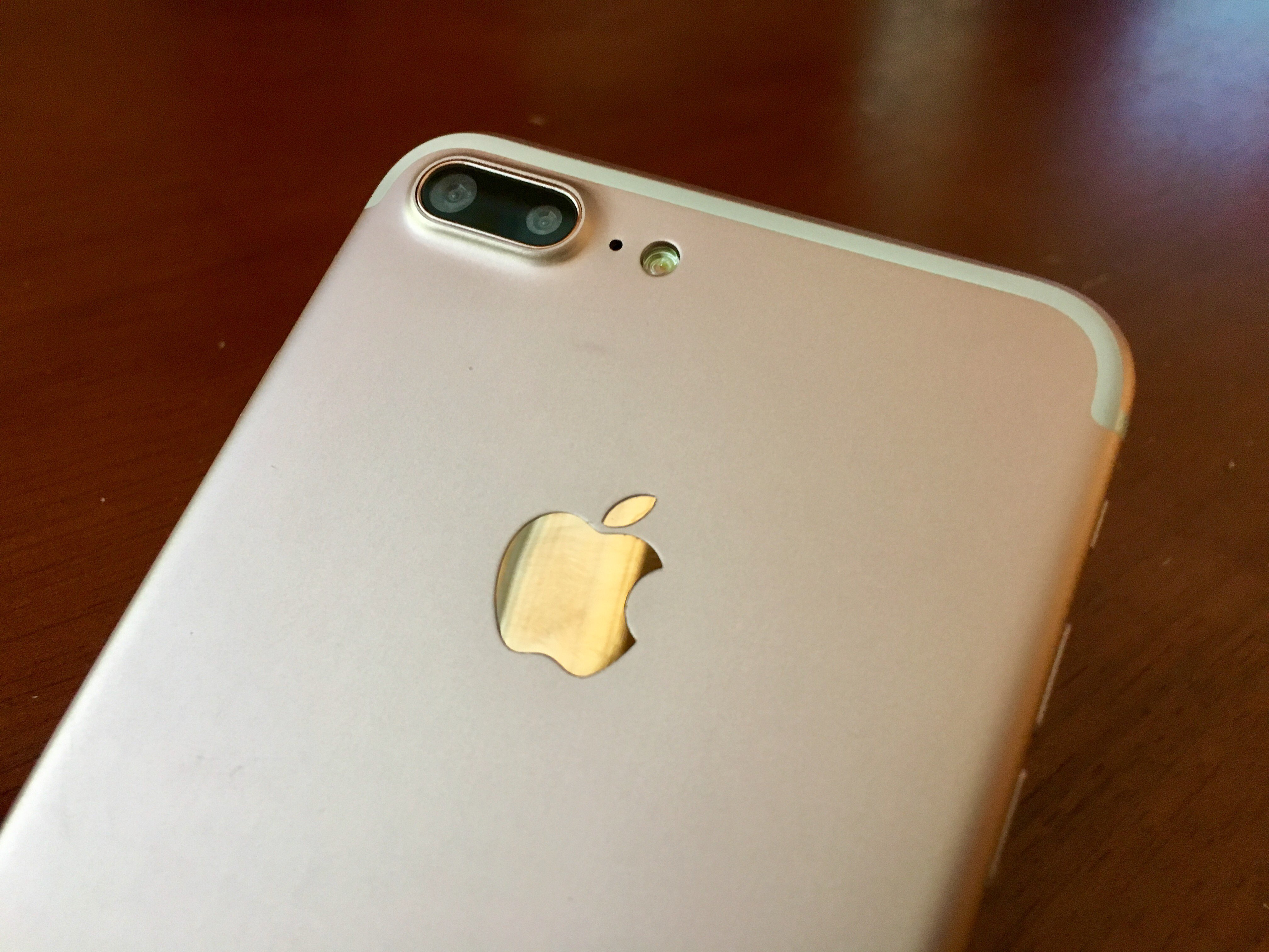 Apple Iphone 7 Plus A1661 Sim Free Model Detailed Review