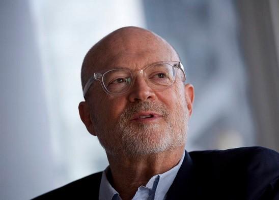 Jobs confidant Mickey Drexler plans to leave Apple board