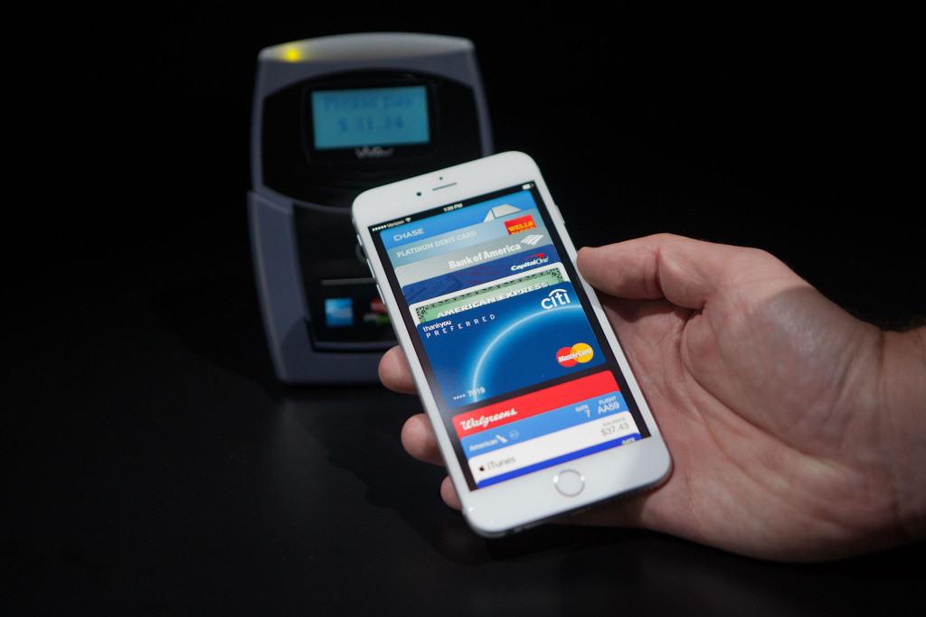 apple-pay-cards-1024x683