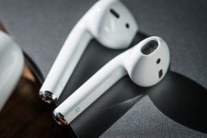 How to Connect Apple AirPods to Your iPhone & Fix Common Issues